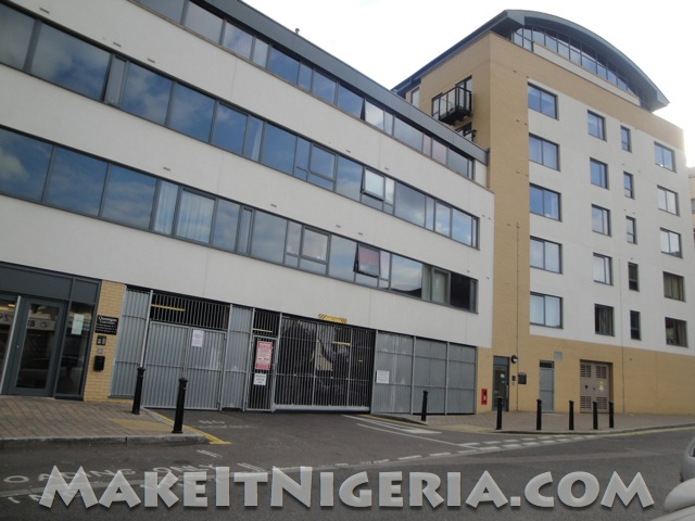 Queensgate rental holiday apartment watford uk make it for Apartment lease maker