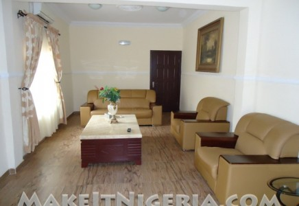 Chez moi serviced apartment vacation rental ikeja gra for Nigerian living room designs