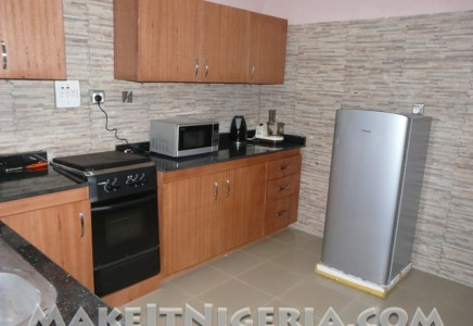 Philglad holiday rental chalet alausa ikeja lagos for Kitchen designs in nigeria