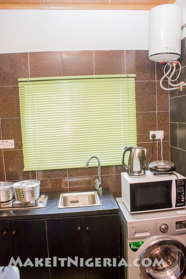 Signature 1 bedroom vacation rental make it nigeria for Apartment lease maker