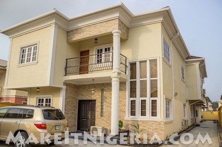 casabella 3 and 4 bedroom corporate rental apartment at